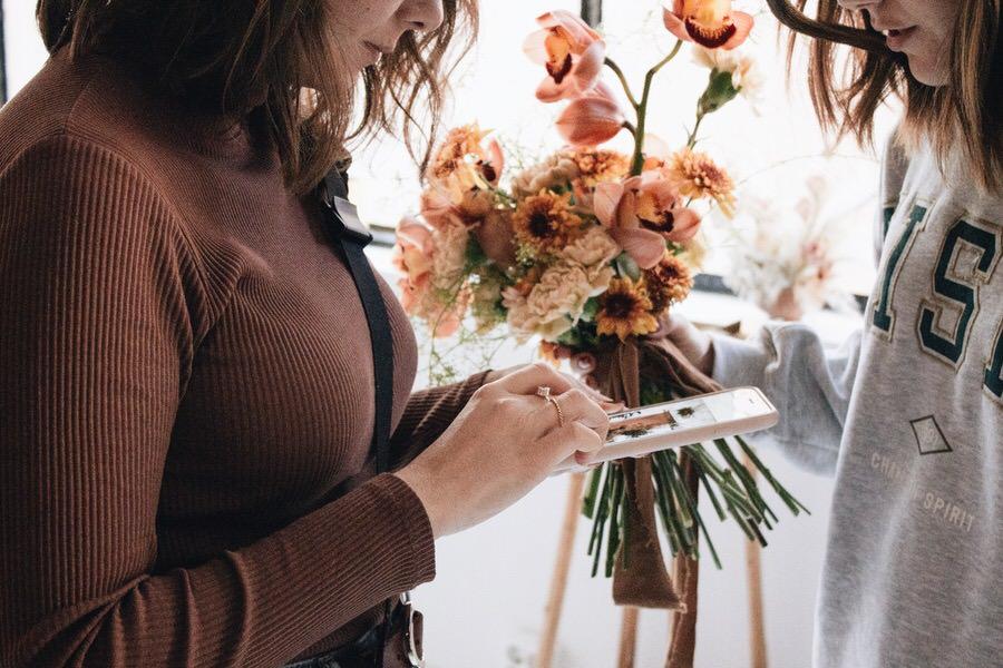 Lara López para Nice Flowers por The Visual Corner