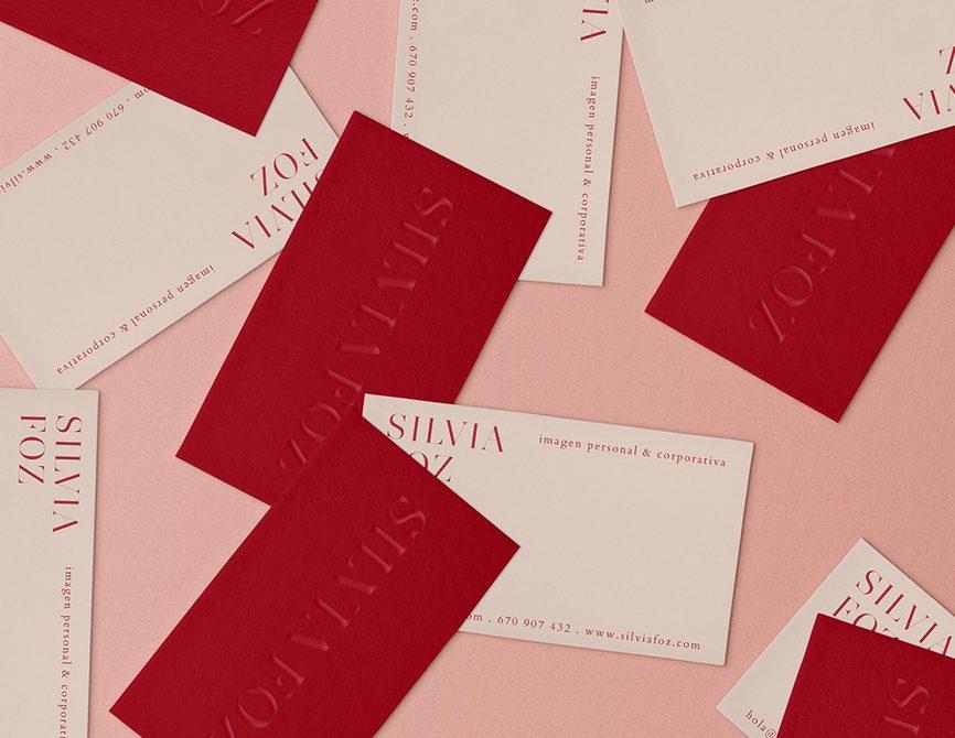 Diseño de tarjetas de visitas para Silvia Foz por The Visual Corner