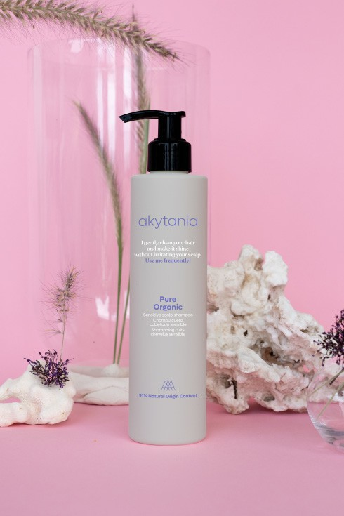 Product stylist for skincare brand