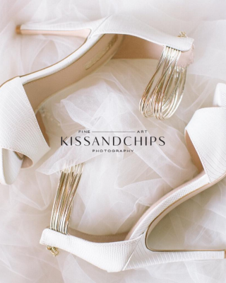 Branding for a wedding photographer KissandChips byThe Visual Corner
